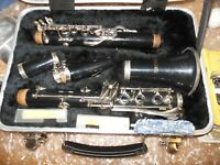 FACTORY ORIGINAL JUPITER CLARINET......COMPLETE WITH CARRYING CASE