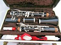 Vintage Bundy 577 Resonite Selmer Clarinet- Serial #904629- With Hard Case