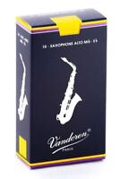Vandoren SR213 Alto Sax Traditional Reeds Strength 3; Box of 10