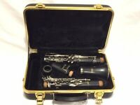 Selmer Model 1400B Student Bb Clarinet Used in Excellent Condition with Case