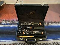 JL Deluxe Bb Clarinet In Box (includes extra barrel)