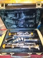 Bundy Resonite 577 clarinet.Bundy mouthpiece&reed.Hard Case.VERY CLEAN.A1 cond.