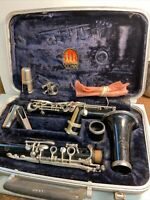 Vintage Conn Model 16 Clarinet With Case