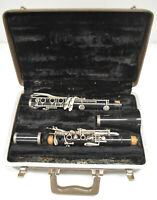 USED BUESCHER MAZZEO Bb CLARINET WITH RINGLESS BELL