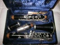 Bundy Resonite, the Selmer Co. USA Clarinet, with Hard Case
