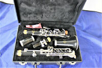 Buffet Crampon E11 intermediate Bb clarinet used w/ case & 5RV. Made in Germany.