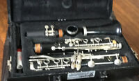 VITO Reso-Tone 7212 Clarinet with Hard Case - Great Student Instrument!