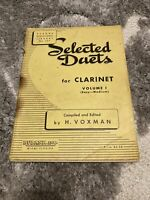 Selected Duets for Clarinet Volume 1   By: Voxman