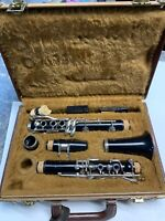 YAMAHA CLARINET YCL-24 BLACK PLASTIC IN HARD SHELL CASE s# 038882A