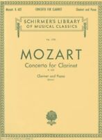 Mozart's Concerto for Clarinet with Piano Accompaniment <HL50261780> Hal Leonard