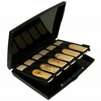 Protec Bb Clarinet Reed Case Holds  12 Reeds - Black