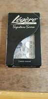 Legere Reeds Signature Series Bb Clarinet Reed Strength 4