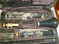 OLDS Clarinet with BUNDY Hard Case for Repair or Parts