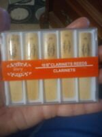 Glory clarinet reeds size 3, set of 10 Bb in plastic case