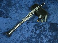 Vito Reso-Tone 3 Bb Plastic Clarinet Ser#A52118 Student Package with Mouthpiece