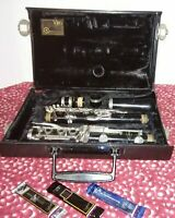 Vito Res-Tone 3 Student Clarinet and Carrying Case w 3 Vandoren reeds