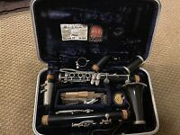 Vintage Conn Model 16 Clarinet W/ MCM Carrying Case Luggage, Mouthpiece + EUC