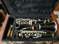Vintage Normandy Clarinet Resotone /W Leblanc Hard Case NEEDS CLEANING/SERVICING