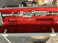 BUFFET E-11  CLARINET Bb  COMPLETLEY RECONDITIONED GUARANTEED ONE YEAR