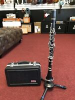 Buffet Crampon E11 Bb Clarinet with New Gator Case