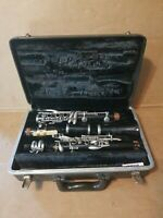 VINTAGE BUNDY RESONITE THE SELMER COMPANY CLARINET 5 PIECE WITH CASE 26.5