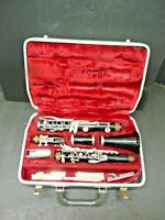 Bundy Selmer Clarinet and Case-9 New Reeds