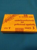 Box of 25 Rico Soprano Bb Clarinet Reeds, Style V, Strength 3