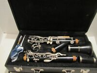 JUPITER CLARINET JCL-631 W/ACC IN HARD CASE SERIAL #512910 USED READ