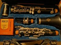 Buffet Crampon Clarinet B10 with Stand and Case (Made In Germany)