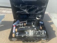 USED ARTLEY 17S STUDENT CLARINET WITH CASE!