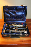 Vintage Bundy Selmer USA Resonite Clarinet with Case S216129