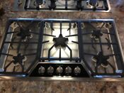 Sgsx365fs Thermador 36 Gas Cooktop 5 Burners Display Model