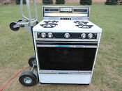 Vintage Montgomery Ward Gas Range Needs Serviced And Cleaned Pick Up Only