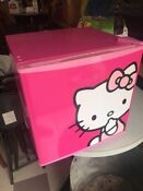 Hello Kitty Mini Fridge Model Fr17 Hk 1 8 Cu Ft Refrigerator