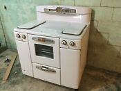 Vintage Tappan Deluxe Gas Stove Good Condition