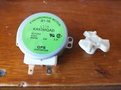 Ge Microwave Synchronous Turntable Motor Wb26x186 And Coupler Wb02x10803