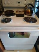 Ge 30 White Electric Freestanding Range 220 Volt 3 Yrs Old Barely Used Camp