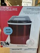 Frigidaire 26lb Portable Countertop Ice Maker Efic108 Red