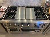 Monogram 48in Dual Fuel Pro Range With Grill Griddle Zdp484ngpss Floor Model