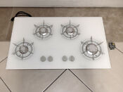 Thermador Model Gg36wc02 Gas On Glass Cooktop White 4 Burner 36