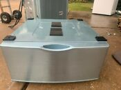 Samsung Washer Or Dryer Pedestal Only One