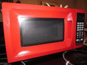 Mainstays 700w Microwave Oven Compact Countertop Dorm Refurbished