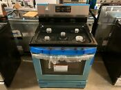 Frigidaire 30 In 5 0 Cu Ft Gas Range With Self Cleaning Oven Stainless Steel