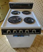 Vintage 1981 Caloric Apartment Size Electric Stove White Great Condition 20 Inch