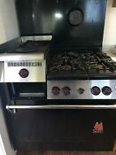 Vintage Wolf Range 36 Natural Gas 4 Burners With An Additional Griddle Warmer