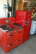 Vintage Red O Keefe Merritt And A Brand New Refrigerator 7 4 C