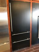 It36ciidrh Subzero 36 Bottom Freezer Int Water Panel Ready Rt Hinge Display