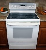 Ge Profile Spectra 30 Free Standing Quickclean Electric Range 5 Cu Ft