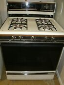 Magic Chef 30 Gas Range Stove Used Good Condition Includes Manual