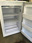 Danby Dufm 043a1wdd 4 3 Cubic Feet Upright Freezer White